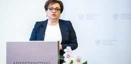 Minister Zalewska skrzywdzi dzieci ze wsi