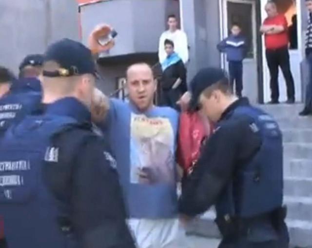 Božidaru Joviću stavljene lisice ispred zgrade u kojoj su mu braća Bogdanović obezbedila stan