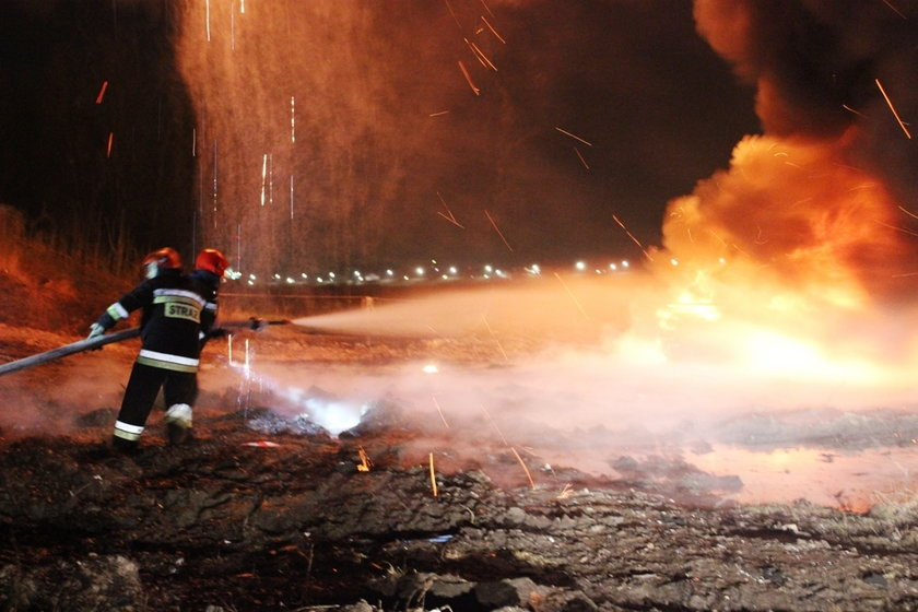 Pożar mostu Łazienkowksiego. Biegli przedstawili wyniki badań