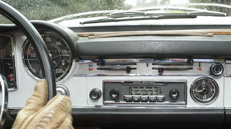 Multimedia bez potrzeby wymiany radia