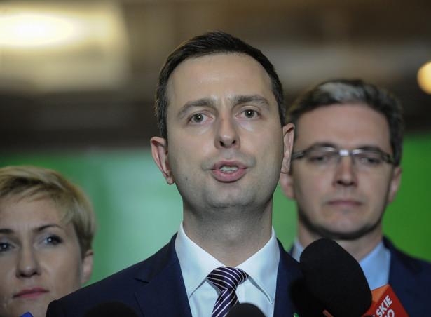 Władysław Kosiniak-Kamysz podczas konferencji prasowej, po posiedzeniu Rady Naczelnej Polskiego Stronnictwa Ludowego