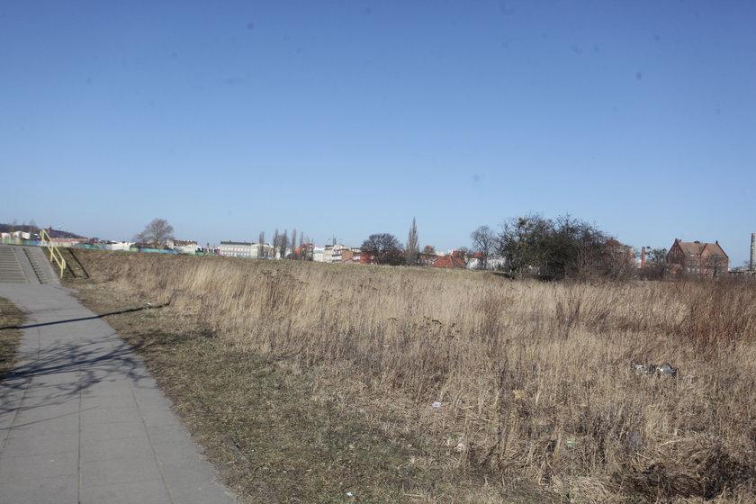 Działka na Olszynce, na której stanie nowa przychodnia