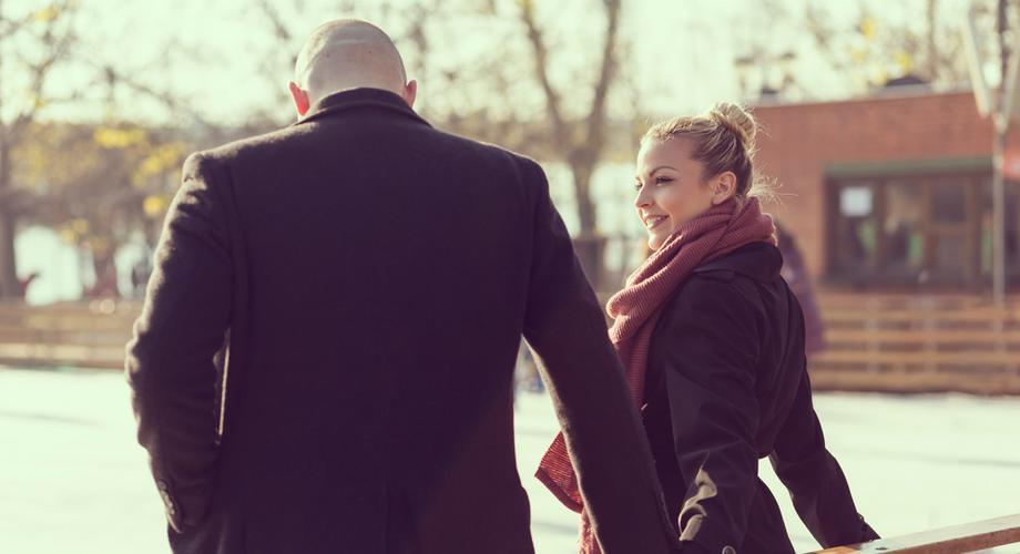 pytania, które zadają jej randki online randki firmowe sa
