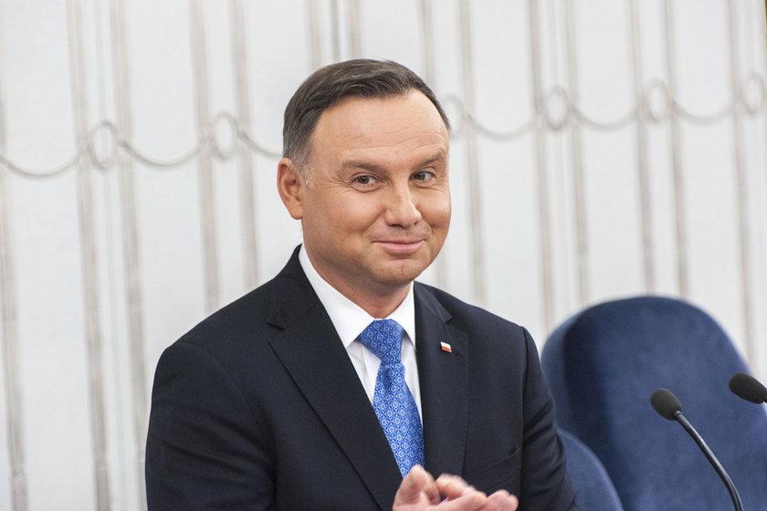 Prezydent Andrzej Duda ma bardzo duże poparcie społeczeństwa