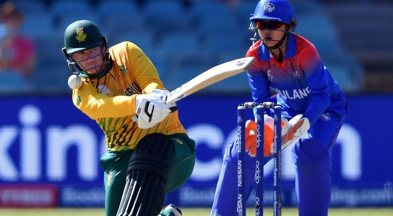 South Africa hit record total to crush Thailand at T20 World Cup