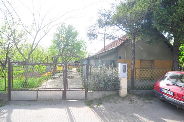 Kuća u kojoj se dogodio zločin u naselju Adice u Novom Sadu