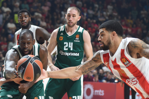 NESTALA I NADA Zvezda porazom u Atini ostala bez četvrtfinala Evrolige