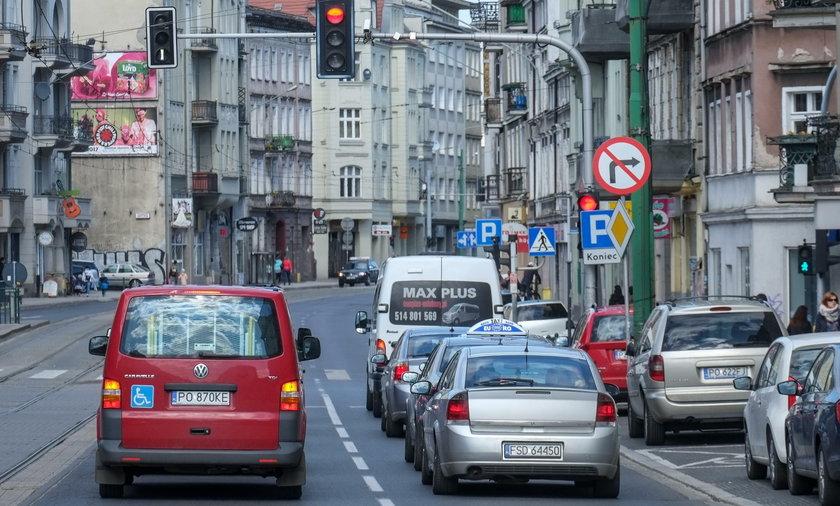 Ulica Głogowska w Poznaniu zwężona do jednego pasa ruchu?