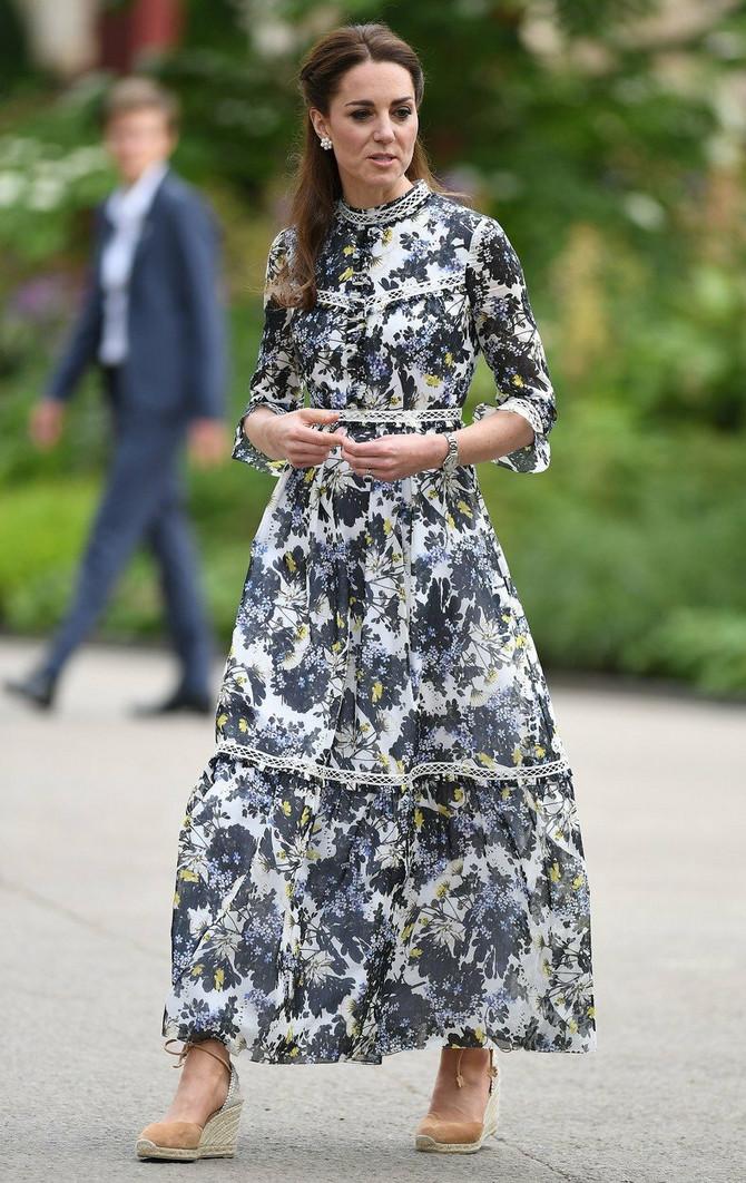 Predivno modno izdanje Kejt Midlton
