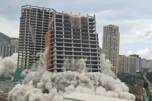 """ČITAV BLOK JE NESTAO ZA MANJE OD MINUT Ovo su posledice """"naduvanog"""" tržišta nekretnina u Kini (VIDEO)"""