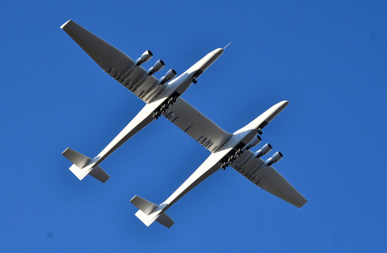 The world's largest airplane, built by the late Paul Allen's company Stratolaunch Systems, makes its first test flight in Mojave
