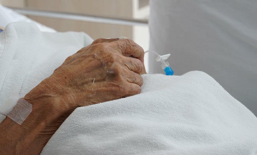 Koronawirus w Polsce. 80-latka pokonała koronawirusa