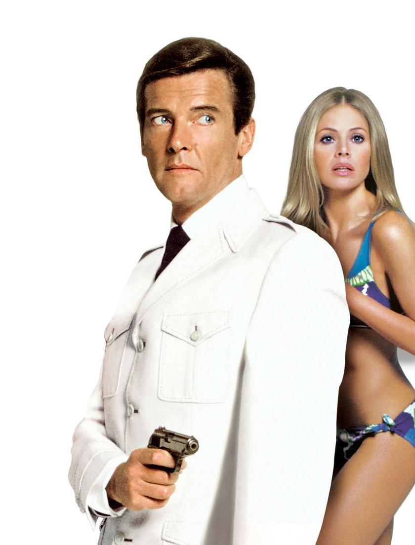 """Britt Ekland w """"Człowieku ze złotym pistoletem"""". Była kolejną dziewczyną Bonda"""