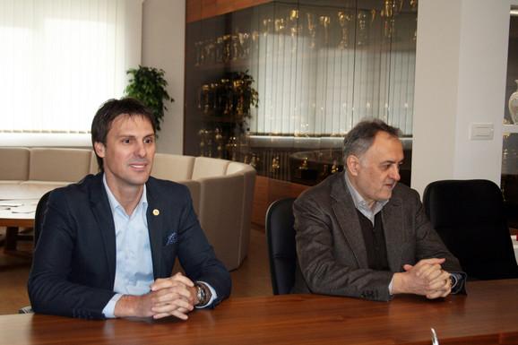 Generalni sekretar OSS-a Ivan Knežević i Zoran Gajić, predsednik Saveza, u poseti Zvezdi