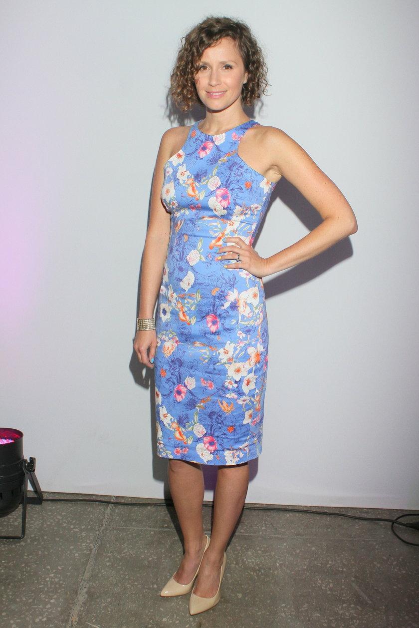 Monika Mrozowska w sukience