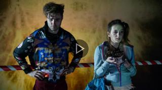 Spektakl na wieczór: 'Dwoje biednych Rumunów mówiących po polsku' [TEATR ONLINE]