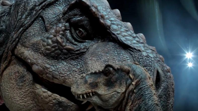 """Fragement spektaklu """"Wędrówki z dinozaurami"""""""