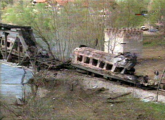 Bombardovanje mosta u Grdeličkoj klisuri