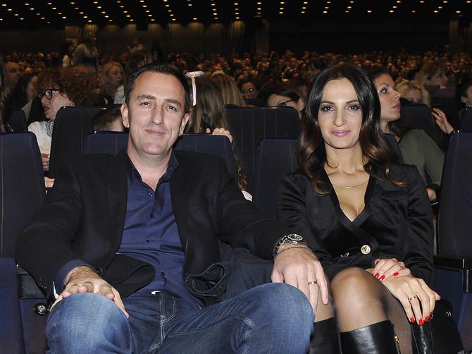 Neka je Sergej dobro čuva: Supruga poznatog pevača je oborila Beograd- LEPOTOM I ŽENSTVENOŠĆU