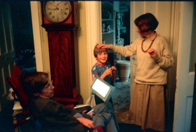 Džejn Vajld, Tom i Stiven Hoking