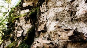 Poszukiwacz trumien - tropi ślady dawnych rytuałów