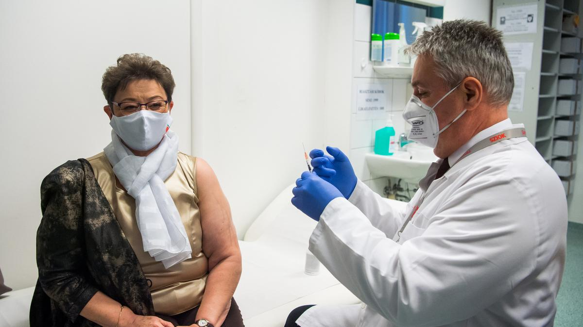 Müller Cecília megkapta a koronavírus elleni oltást - fotók