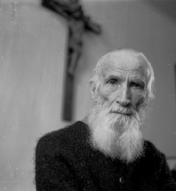 Ksiądz Jan Zieja. Fotografia z 1981 roku