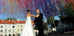 Ślubne zdjęcia z wstążkami