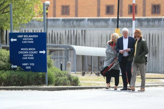 Pamela Anderson u maju ove godine ispred zatvora u kojem se nalazi Džulijan Asanž
