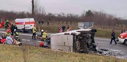 Tragiczny wypadek pod Szydłowcem. W zderzeniu busów zginęły dwie osoby