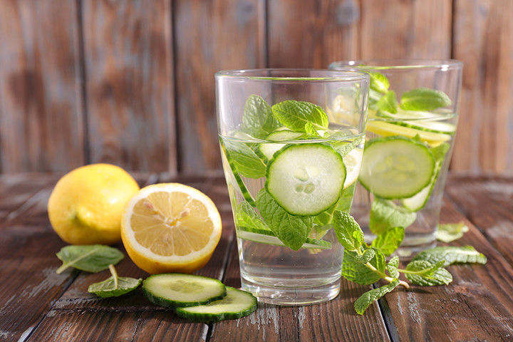 lemon and cucumber water is all you need to lose weight faster [Dr. Oz]
