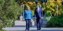 Premier Morawiecki spotkał się z Angelą Merkel. Zrobili razem coś, co nie jest częste w dyplomacji...