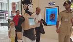 BUDUĆNOST JE STIGLA U tržnom centru u Dubaiju od sada ROBOKAP ZAVODI RED