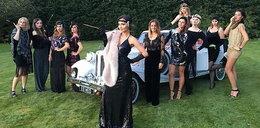 Marina z koleżankami na wieczorze panieńskim
