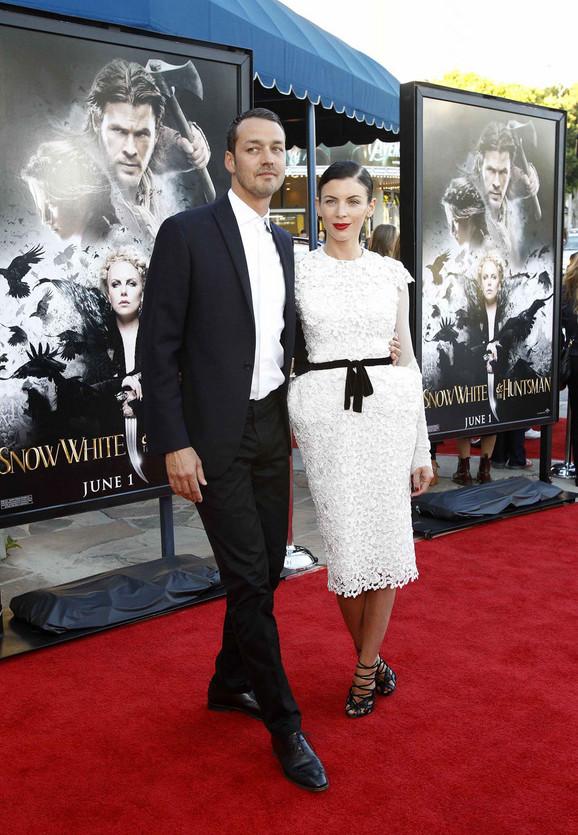 Saanders sa suprugom