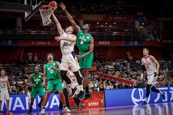 Košarkaši Rusije u duelu sa Nigerijom