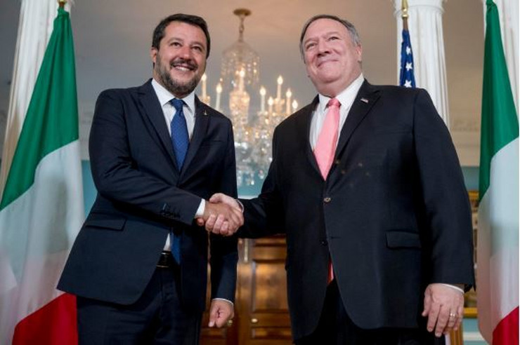 Mateo Salvini i Majk Pompeo AP
