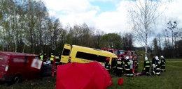 Wypadek busa pod Kazimierzem Dolnym. Jest wielu rannych