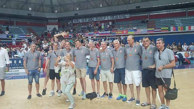 Bronzani veterani Srbije (50 godina i stariji)