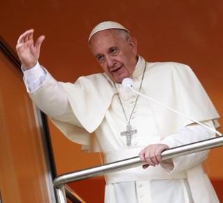 ŚDM: Sytuacja uchodźców - wątkiem wielu wystąpień papieża Franciszka