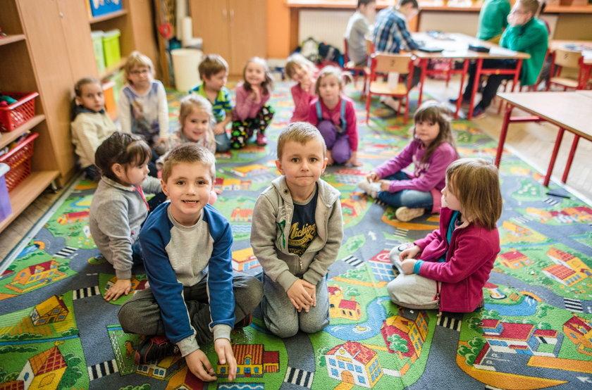 Rozpoczął się nabór do przedszkoli i szkół podstawowych w Łodzi
