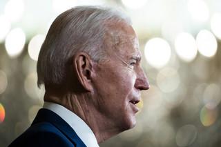 Biden broni pakietu pomocowego o wartości 1,9 bln USD