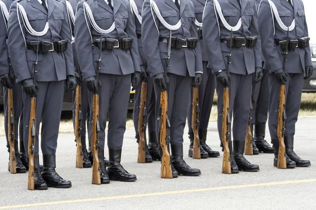 Zdaniem byłych wojskowych, obecnie obowiązujące przepisy są niesprawiedliwe.