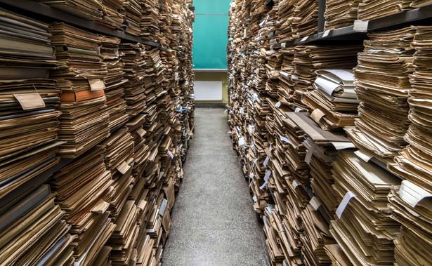Serwis stanowi doskonałe narzędzie do poznawania historii Polski i poszukiwań genealogicznych.