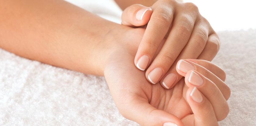 Sposoby na zapuszczenie paznokci. Odżywki i żele w supercenach