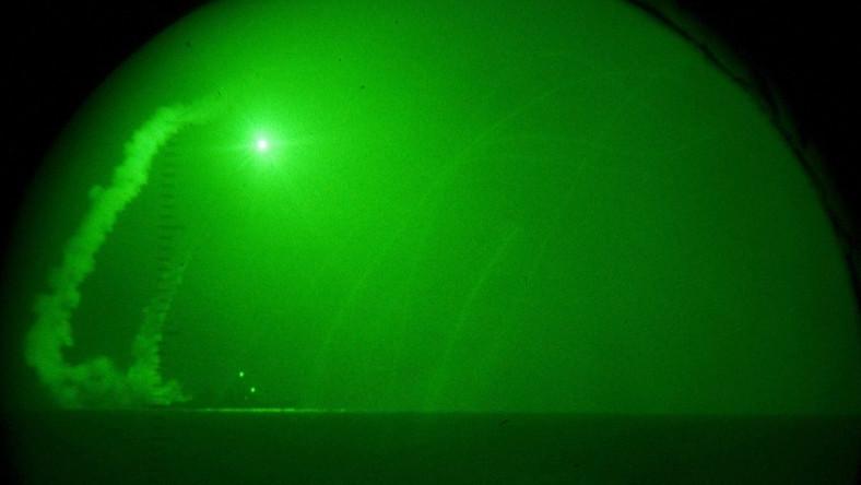Grad pocisków Tomahawk spadł na Libię