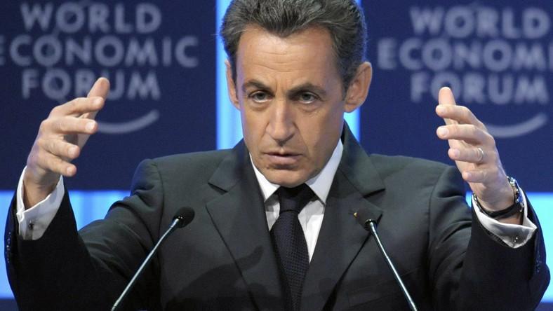Bankructwo zagląda w oczy Francuzom