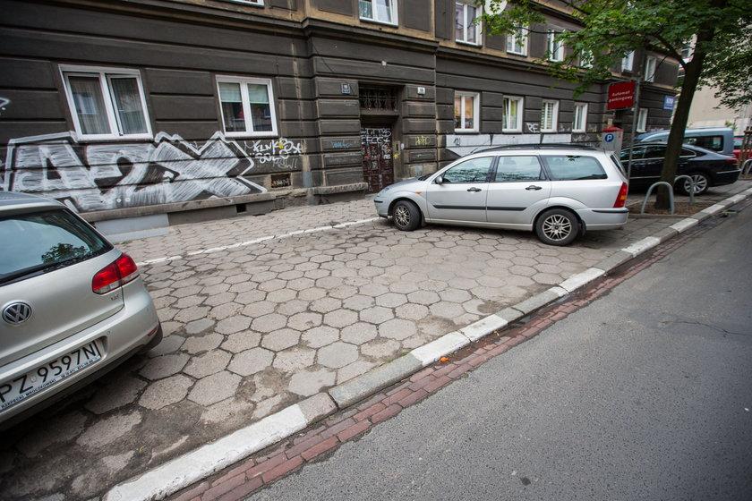 Zabiorą miejsca parkingowe!