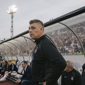 """SAVO, MENJAJ NEŠTO! Partizan neprepoznatljiv, čeka se jedan potez majstora, a u ostalih 89 minuta """"ŠTA BUDE - BUDE"""""""
