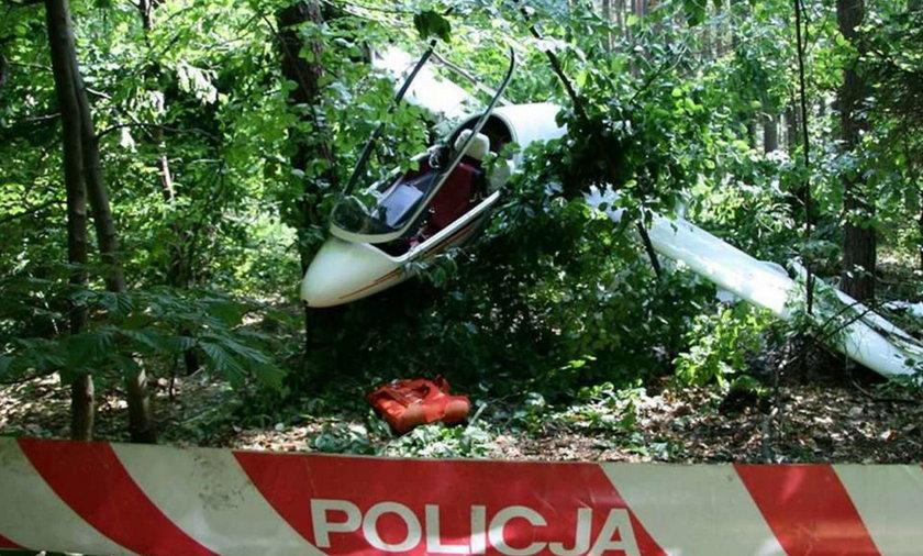 Szybowiec rozbił się w lesie pod Opolem